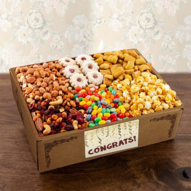 Capalbos Super Snackers Gourmet Gift Box - Congratulations
